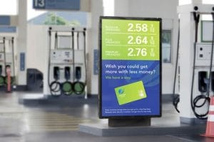 lcd digital signage advertising kiosk for bus stands and railway station